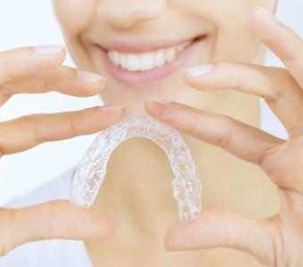 Cinco consejos de higiene si llevas ortodoncia removible